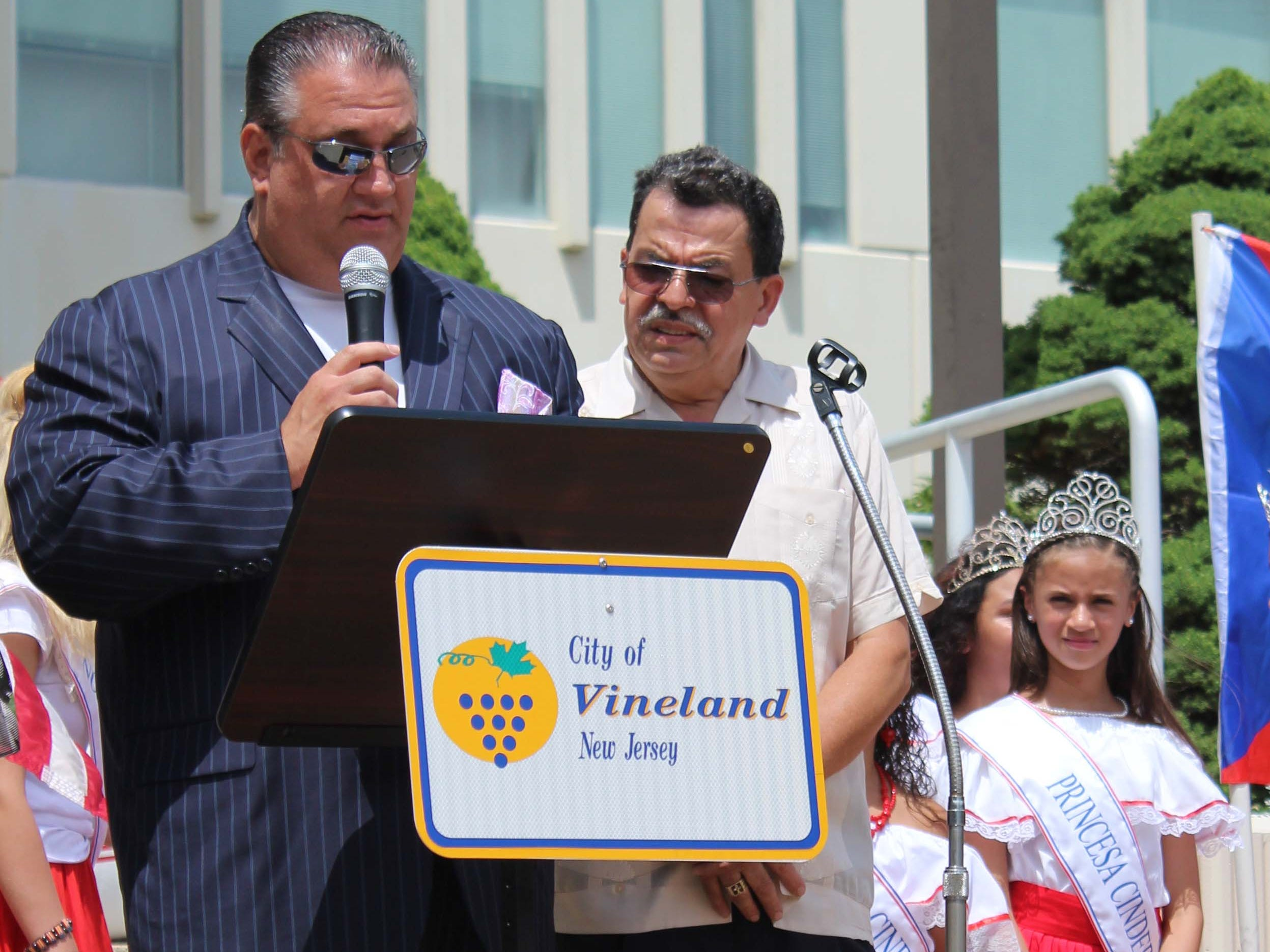 Vineland Mayor, Anthony Fanucci, gave a brief speech in Spanish to honor the start of the Puerto Rican Festival on Sunday, July 22, 2018.