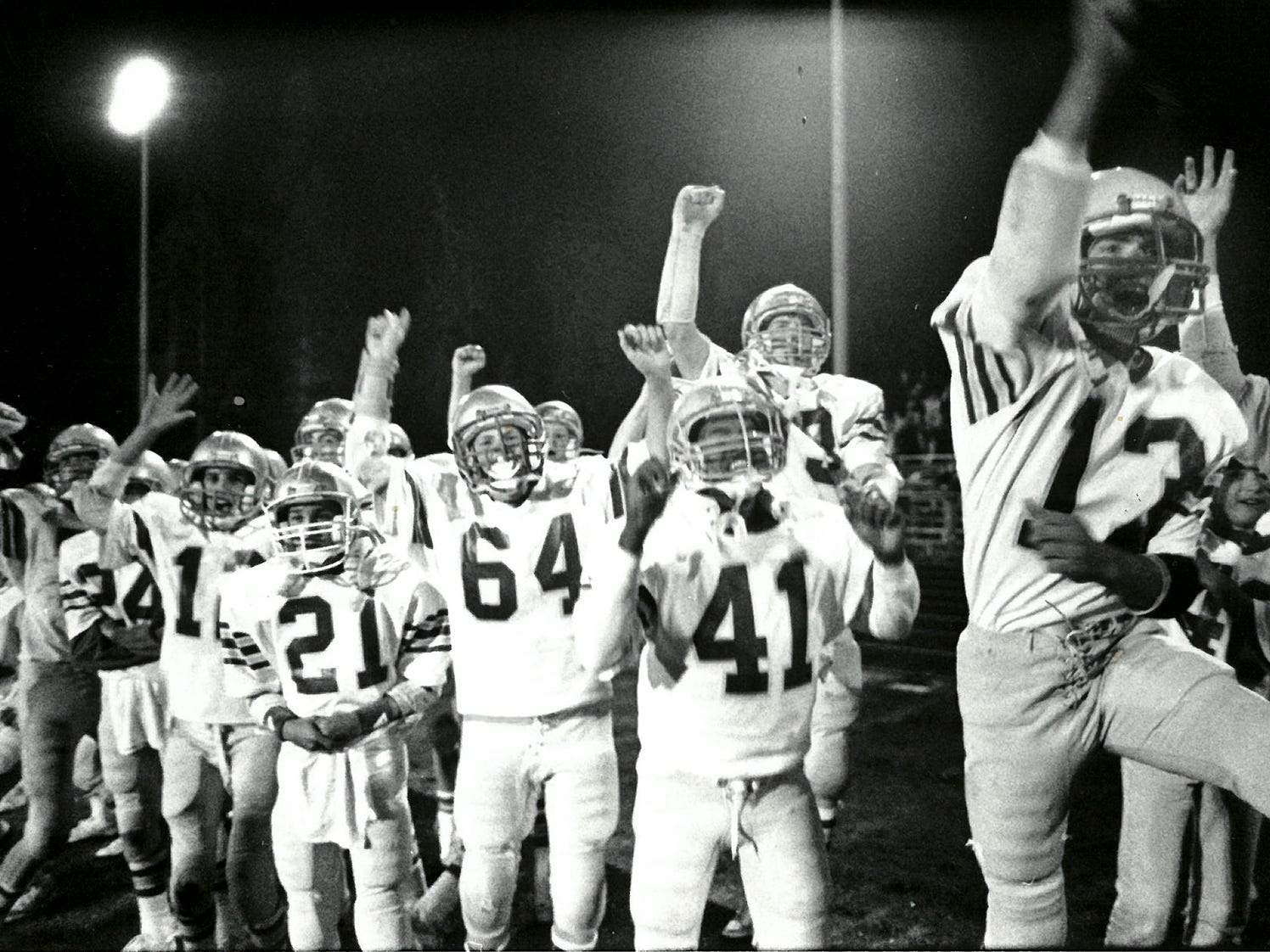 09/24/88Chimacum Players Celebrate Winning TD