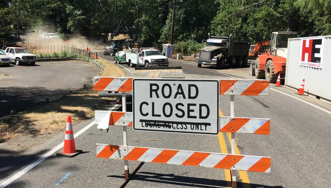 A stretch of Tracyton Boulevard near Darling Road is closed while a culvert is replaced.