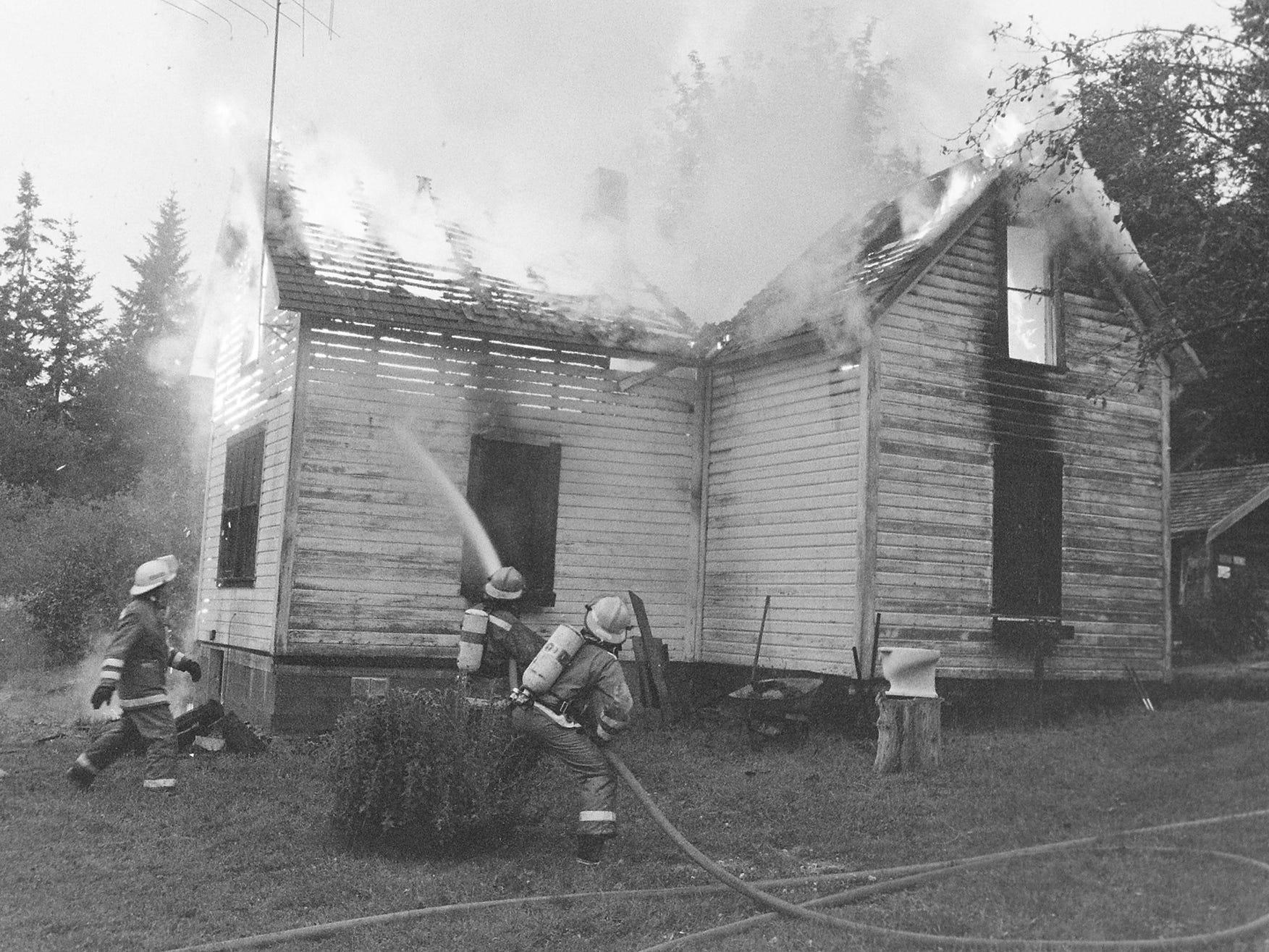 06/23/88Farm House Fire