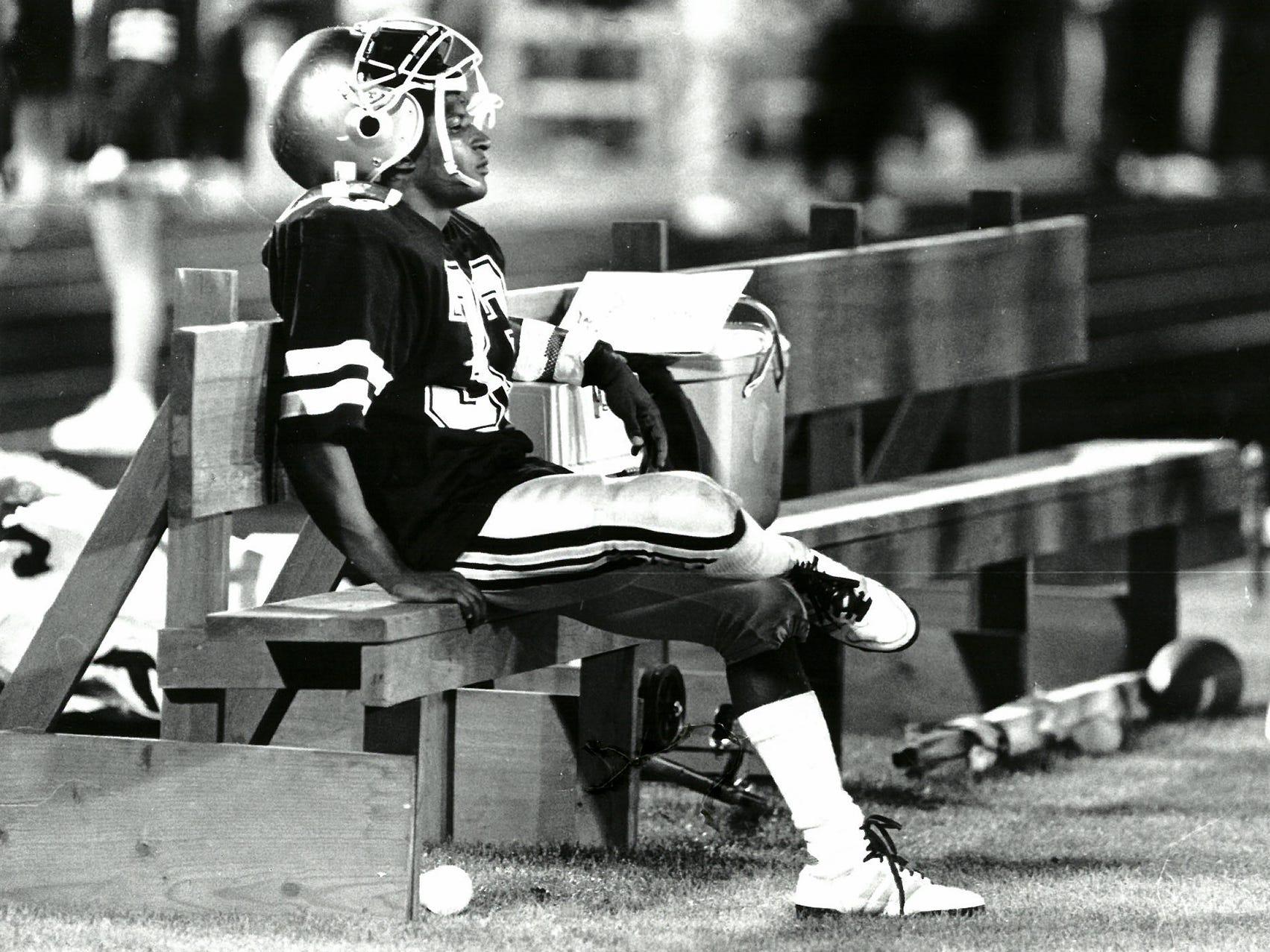 1988Football Bench