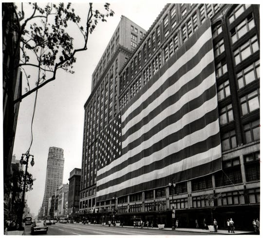 Hudson D.T.Flag; 'Old Glory' display at Hudson's downtown store in 1976.