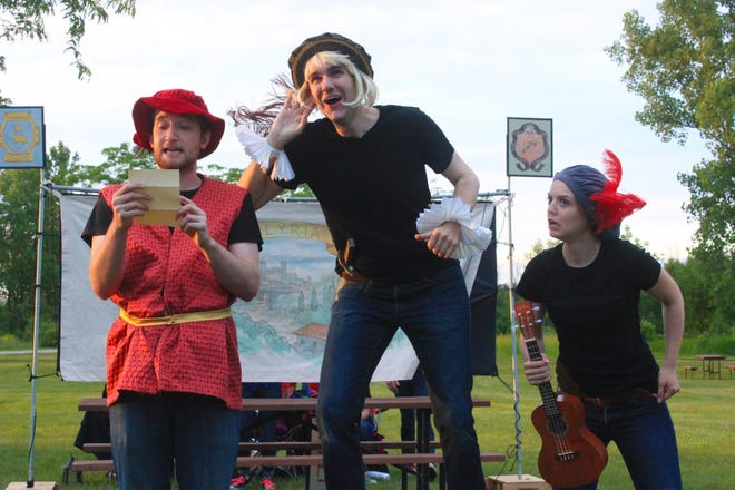 The Summit Players, a traveling theater troupe, will present a workshop on Shakespeare and shortened version of one of his plays at Copper Culture State Park in Oconto on Saturday, Aug. 4