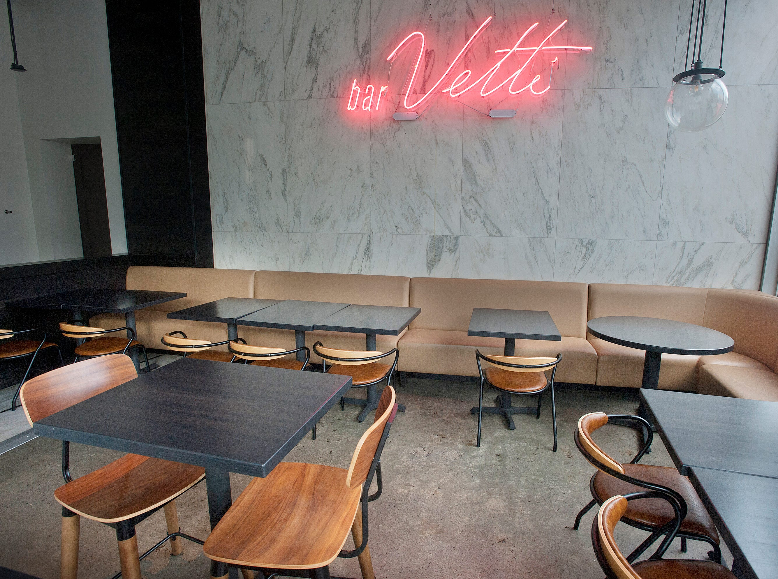 The dining room of bar Vetti, an Italian restaurant located on the first floor of the 800 Building, 800 S. 4th Street. July 10, 2018