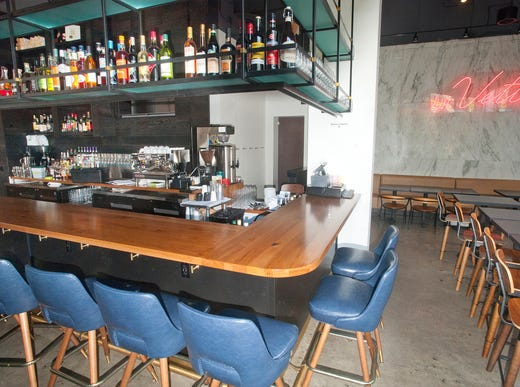 The bar and dining area of bar Vetti, an Italian restaurant located on the first floor of the 800 Building, 800 S. 4th Street.  July 10, 2018