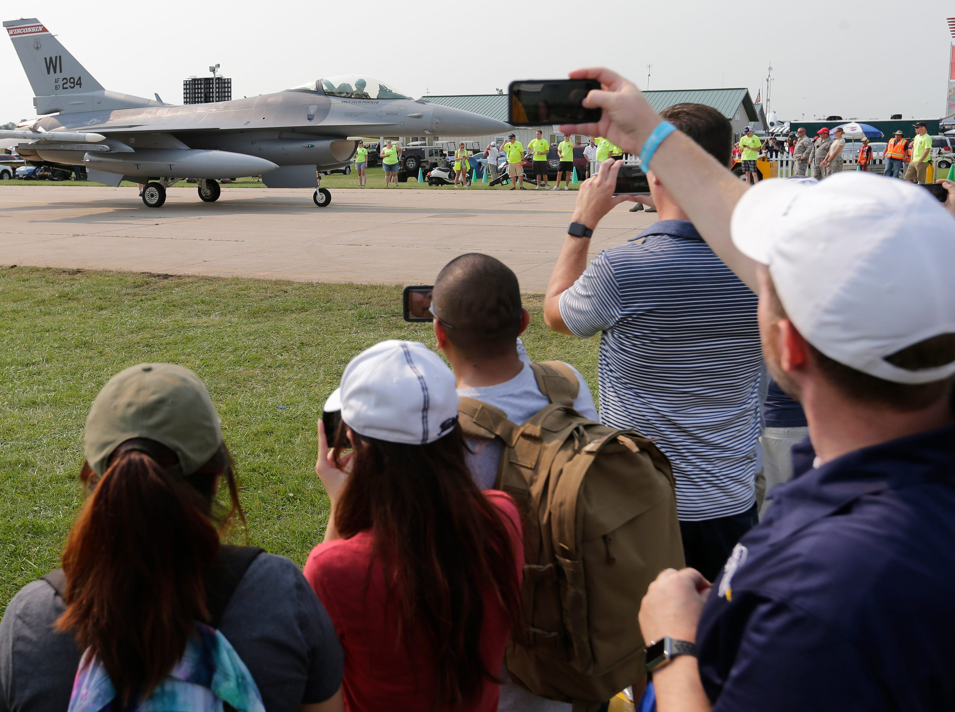 The F-16 from the Wisconsin 115 Fighter wing lands in at AirVenture and is stationed at Boeing Plaza.  The first day of AirVenture 2018 opened on July 23, 2018.  Thousands of people will pass through the gates of AirVenture. Joe Sienkiewicz/USA Today NETWORK-Wisconsin