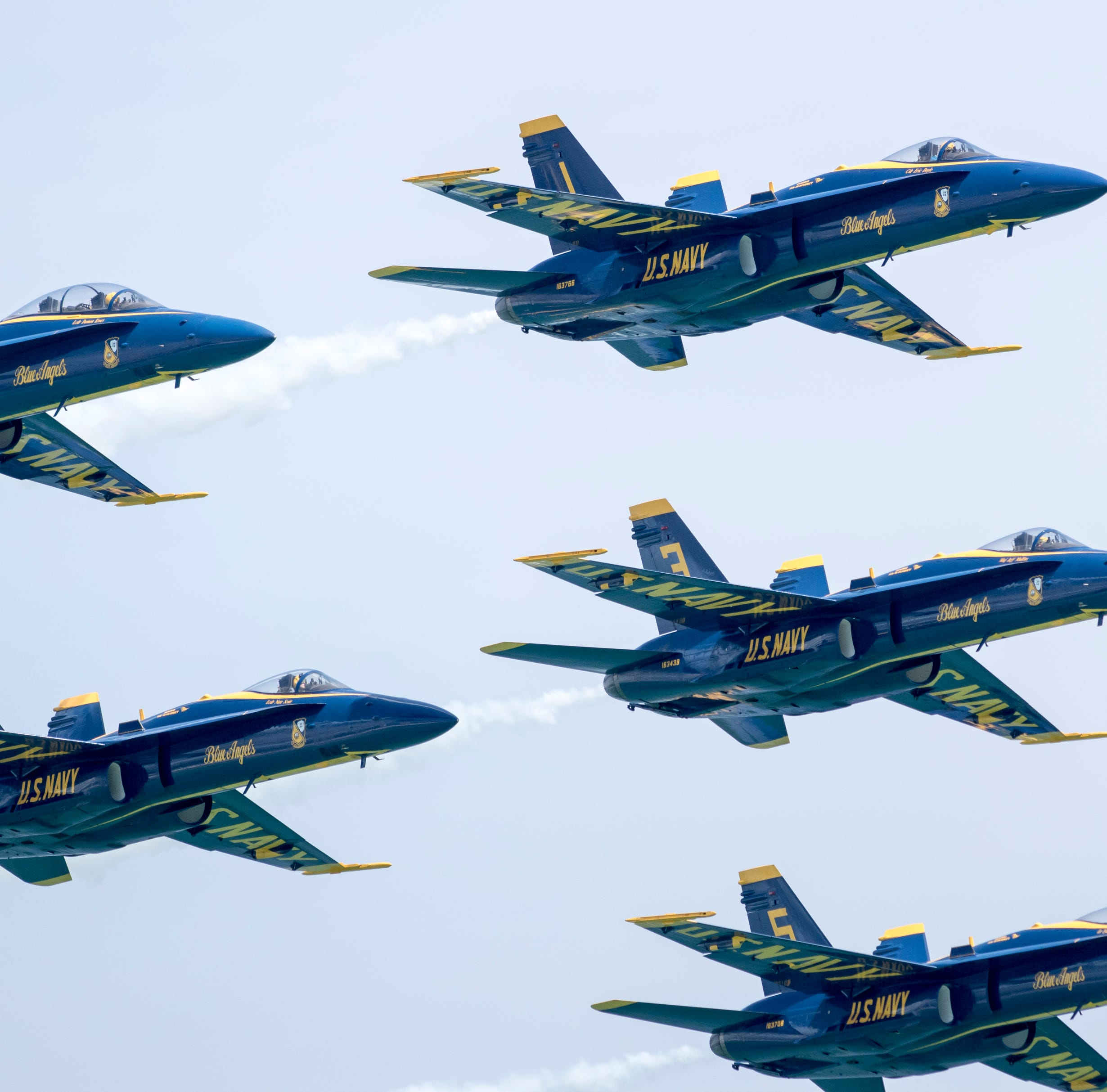 Blue Angels' upgrade to Super Hornets moves forward with Boeing contract