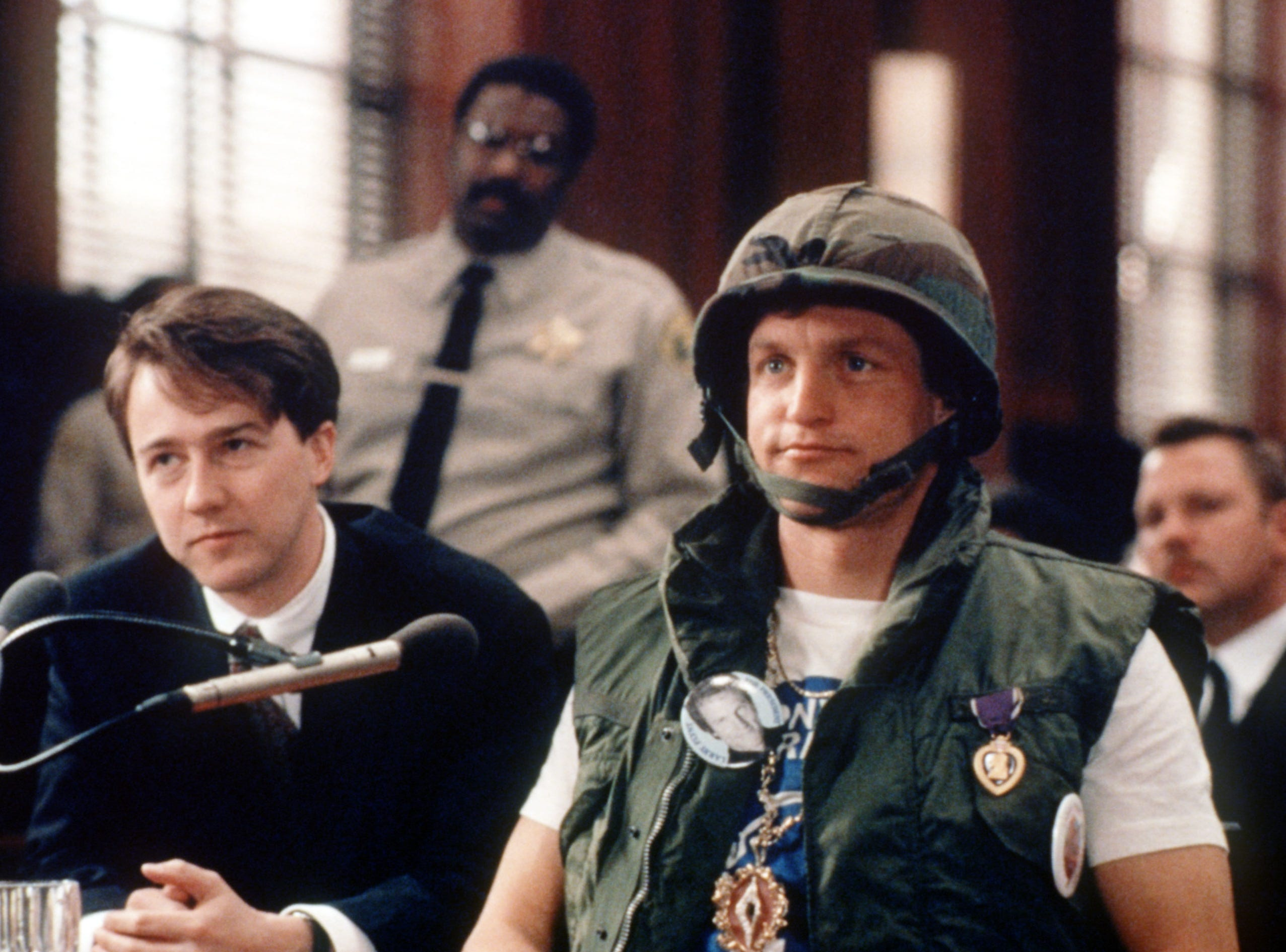"""DATE TAKEN: 1996--- Edward Norton, left, and Woody Harrelson in """"The People Vs. Larry Flynt."""" ORG XMIT: UT36124"""