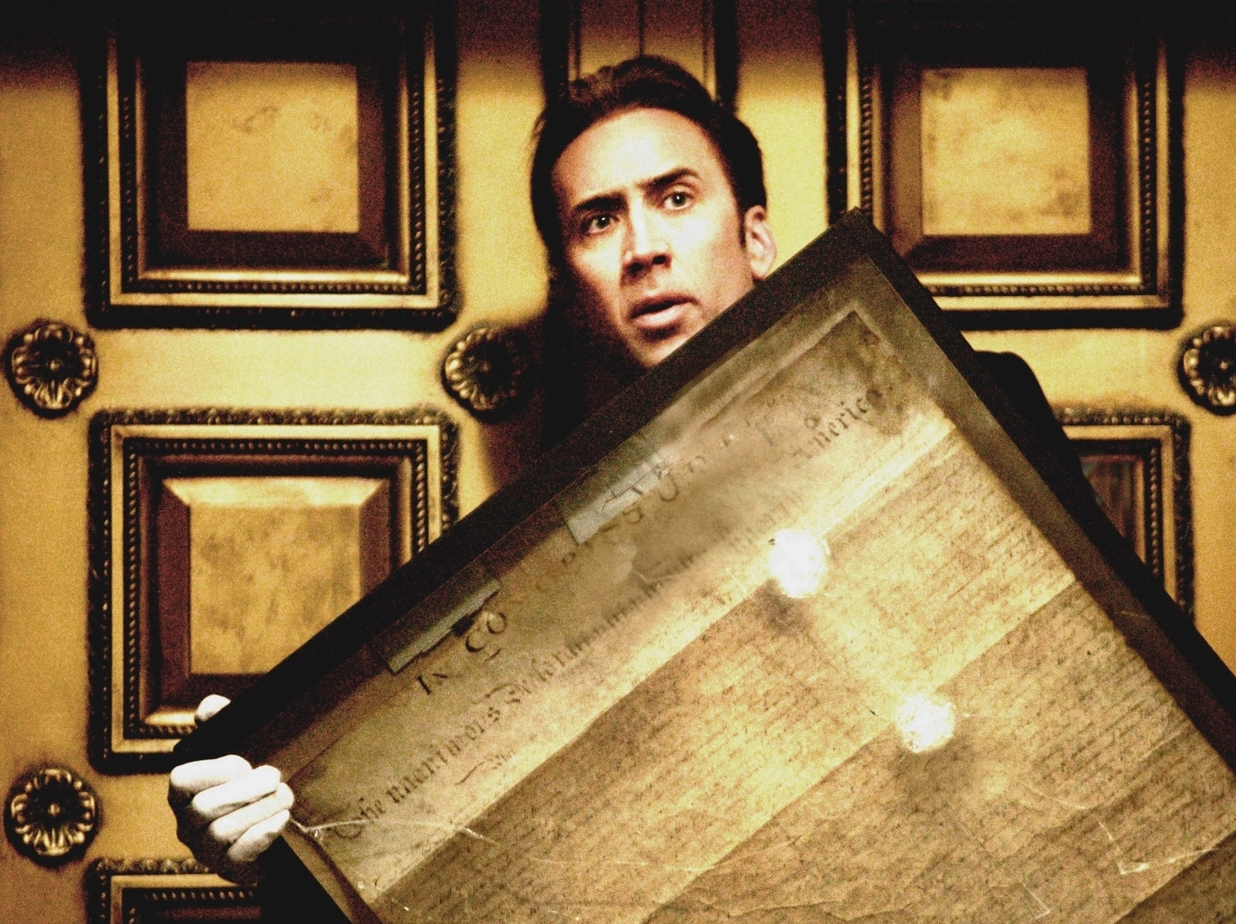 Ben Gates (Nicolas Cgae) in a scene from the motion picture National Treasure. --- DATE TAKEN: Rec'd 11/04  By Robert Zuckerman   Touchstone Pictures        HO      - handout   ORG XMIT: ZX28502