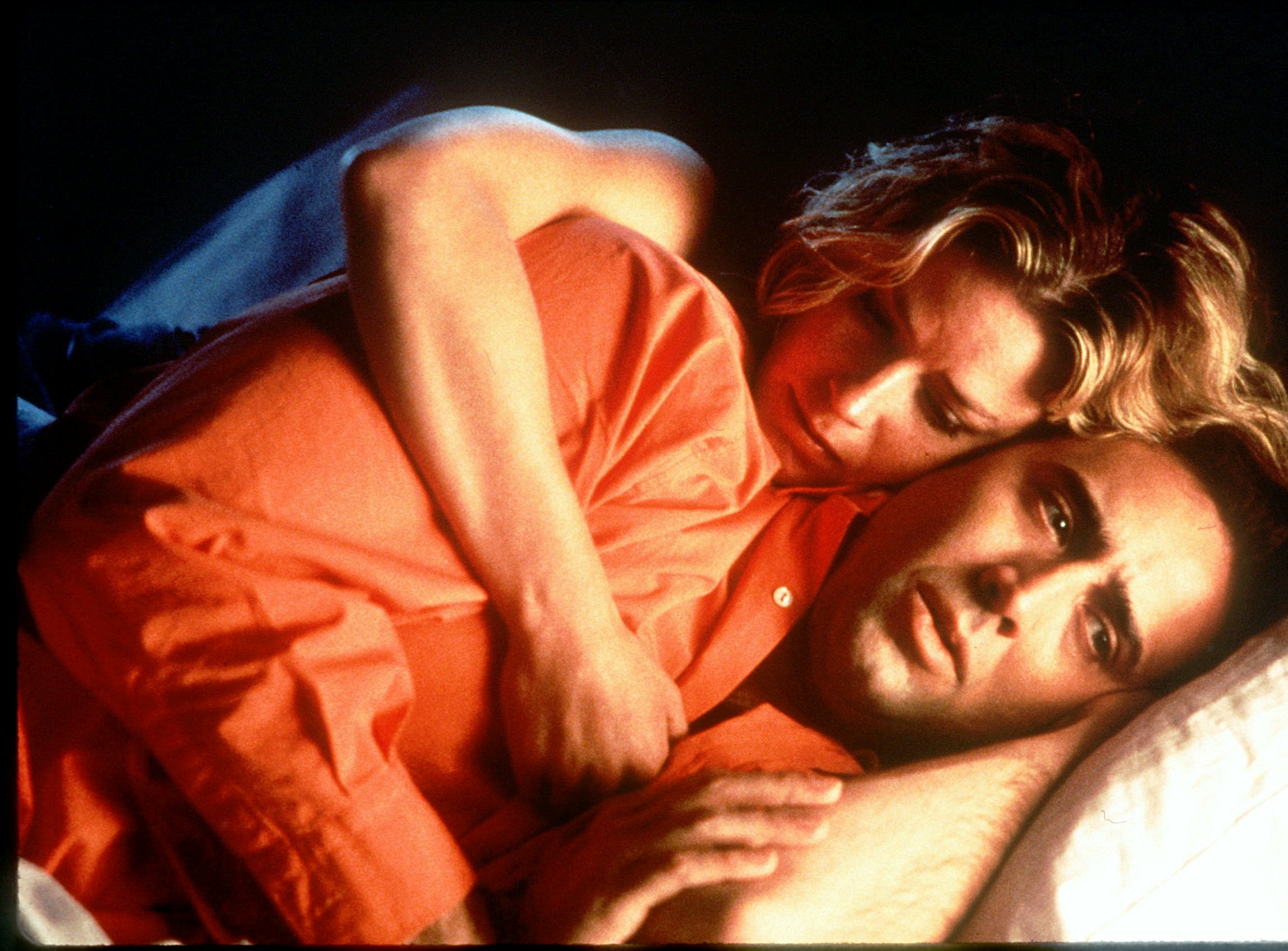 """DATE TAKEN: 1995 --- Nicolas Cage and Elisabeth Shue in a scene from the film """" Leaving Las Vegas """" ORG XMIT: UT10599"""