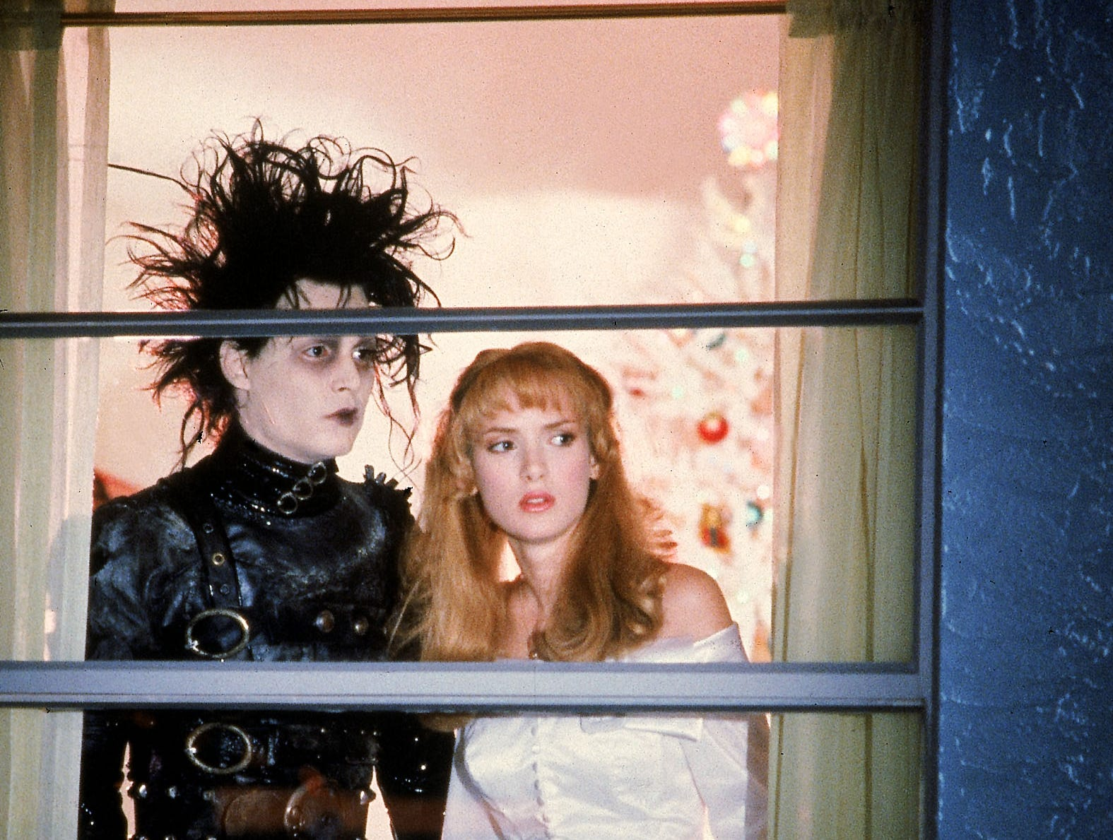 Johnny Depp, left, and WInona Ryder in a scene from the 1990 motion picture Edward Scissorhands. --- DATE TAKEN: 1990  By Zade Rosenthal   20th Century Fox        HO      - handout ORG XMIT: PX63060