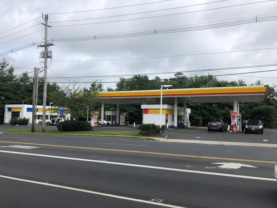 The owner of a Shell gas station in Red Bank has received approval to demolish the car wash and build a convenience store.