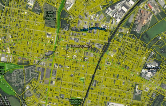 A close-up of Chambersburg as it appears on Franklin County's tax parcel map at https://gis.franklincountypa.gov/taxparcelviewer/