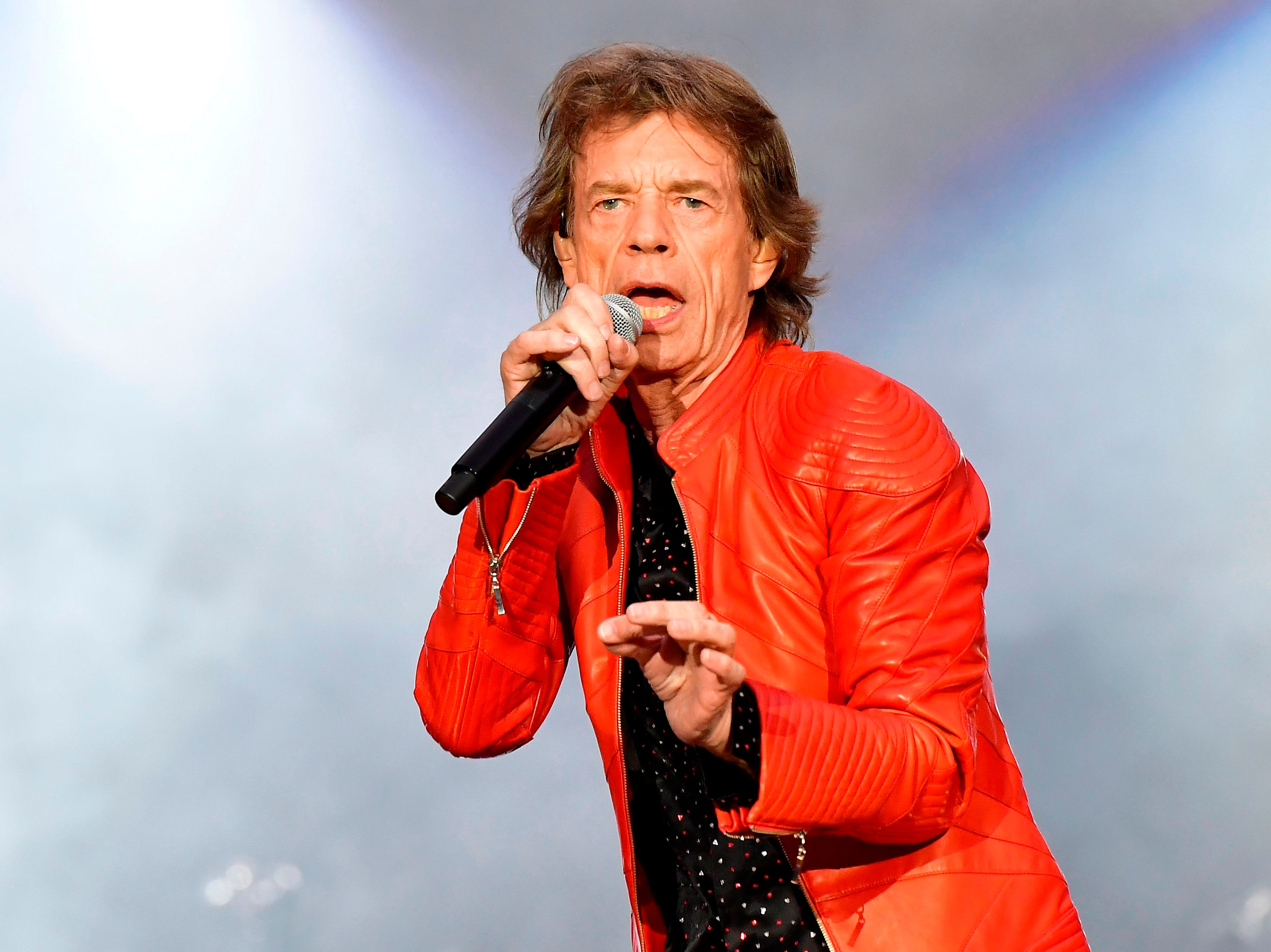 Singer of British band the Rolling Stones, Mick Jagger performs with the band during a  concert at Berlin's Olympic Stadium on June 22, 2018. / AFP PHOTO / Tobias SCHWARZTOBIAS SCHWARZ/AFP/Getty Images ORIG FILE ID: AFP_16G3L9