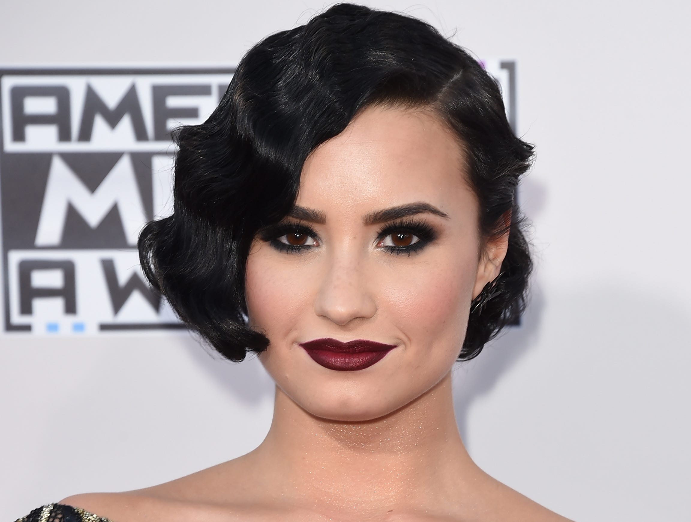 LOS ANGELES, CA - NOVEMBER 22:  Recording artist Demi Lovato attends the 2015 American Music Awards at Microsoft Theater on November 22, 2015 in Los Angeles, California.