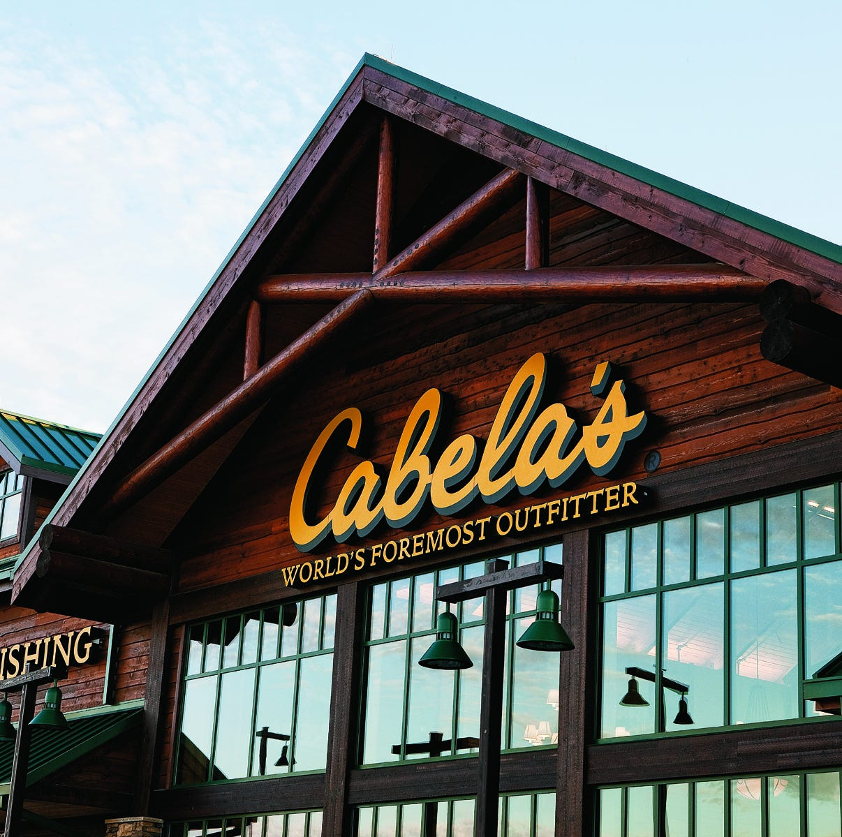 Delaware judge tosses straw purchase lawsuit against Cabela's