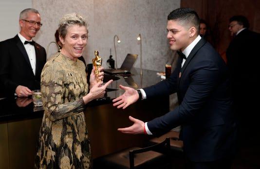 Ap Frances Mcdormand Stolen Oscar A Ent File Usa Ca
