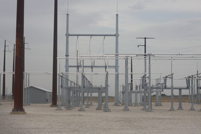 Problems at an Xcel Energy substation Wednesday afternoon left more than 5,000 Carlsbad customers without power.