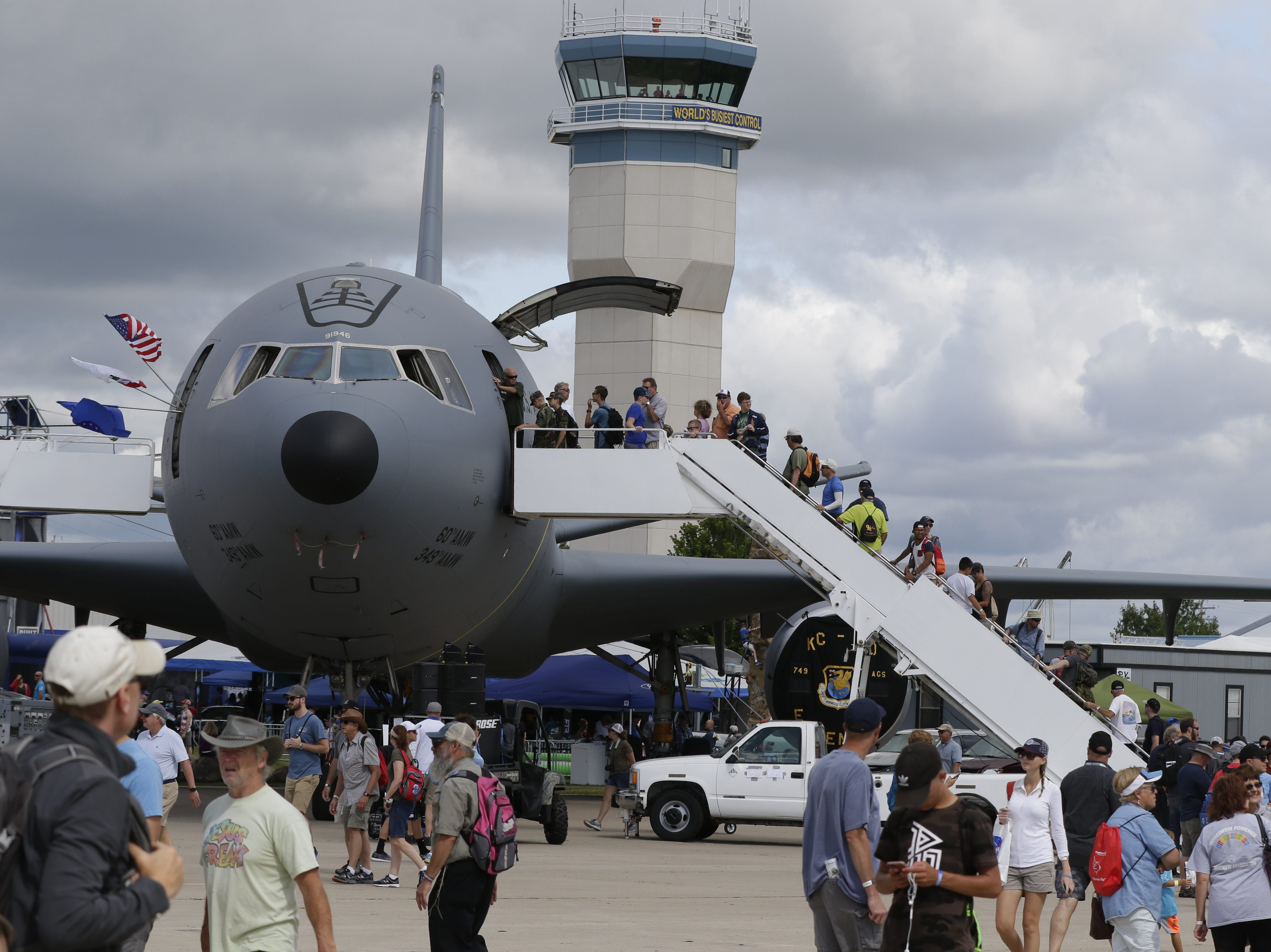 The KC-10 was a popular attraction on Boeing Plaza, Thursday, July 26, 2018, in Oshkosh, Wis.  The 66th annual Experimental Aircraft Association Fly-In Convention, AirVenture 2018 draws over 500,000 people and over 10,000 planes from more than 70 nations annually to the area.  The convention runs through July 29.Joe Sienkiewicz/USA Today NETWORK-Wisconsin