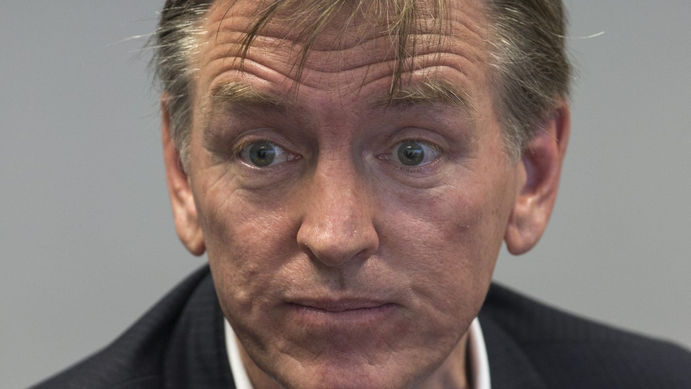 Rep. Paul Gosar gets caught in Prescott cozying up to a hate group member