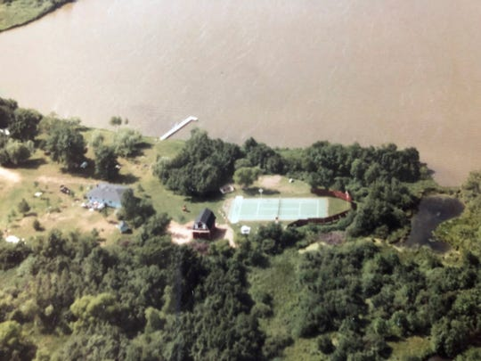 Aerial photo of Little Rock Lake in August 1984.