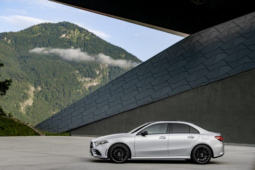 Mercedes A Class Sedan Daimler Reveals U S Luxury Car