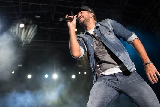 Luke Bryan August 2018 Indianapolis