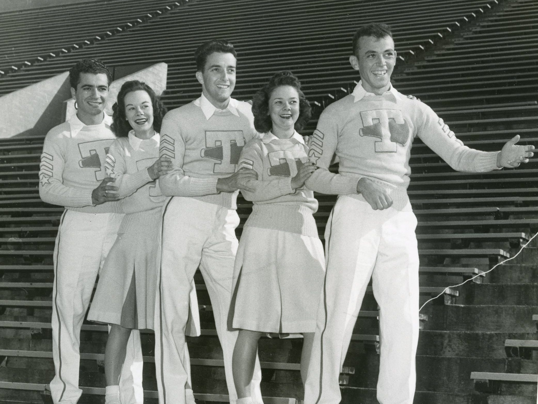 Preparing for the Tech/Tenn football game in Atlanta, September, 1947 are Steve Cakmes, Sis McColloch, Tandy Wilson, Ann Gordon Dempster and Joe Roberts.