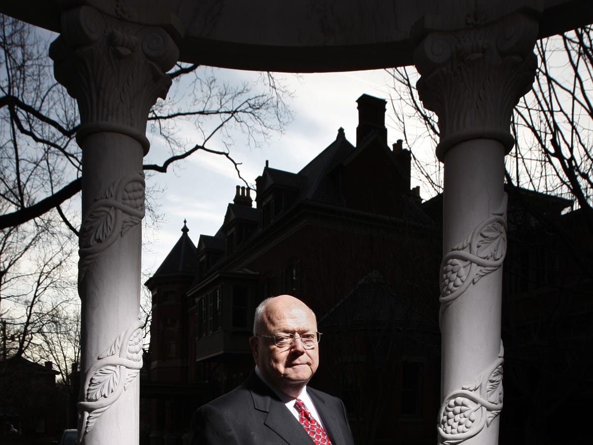 Larry Franklin was one of KentuckyÕs most successful trial lawyers and had been elected to the 'Inner Circle of Advocates,' an elite bastion of the nation's top 100 plaintiff's lawyers,