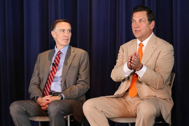 Advocate Aurora Health CEO Nick Turkal (left) and Northwestern Mutual Life Insurance Co. CEO John Schlifske spoke about the Milwaukee region's growth as an technology employment cluster at a conference in June.