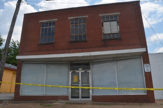 The building that once housed popular Randy's Record Shop in Gallatin could be demolished after its roof collapsed.