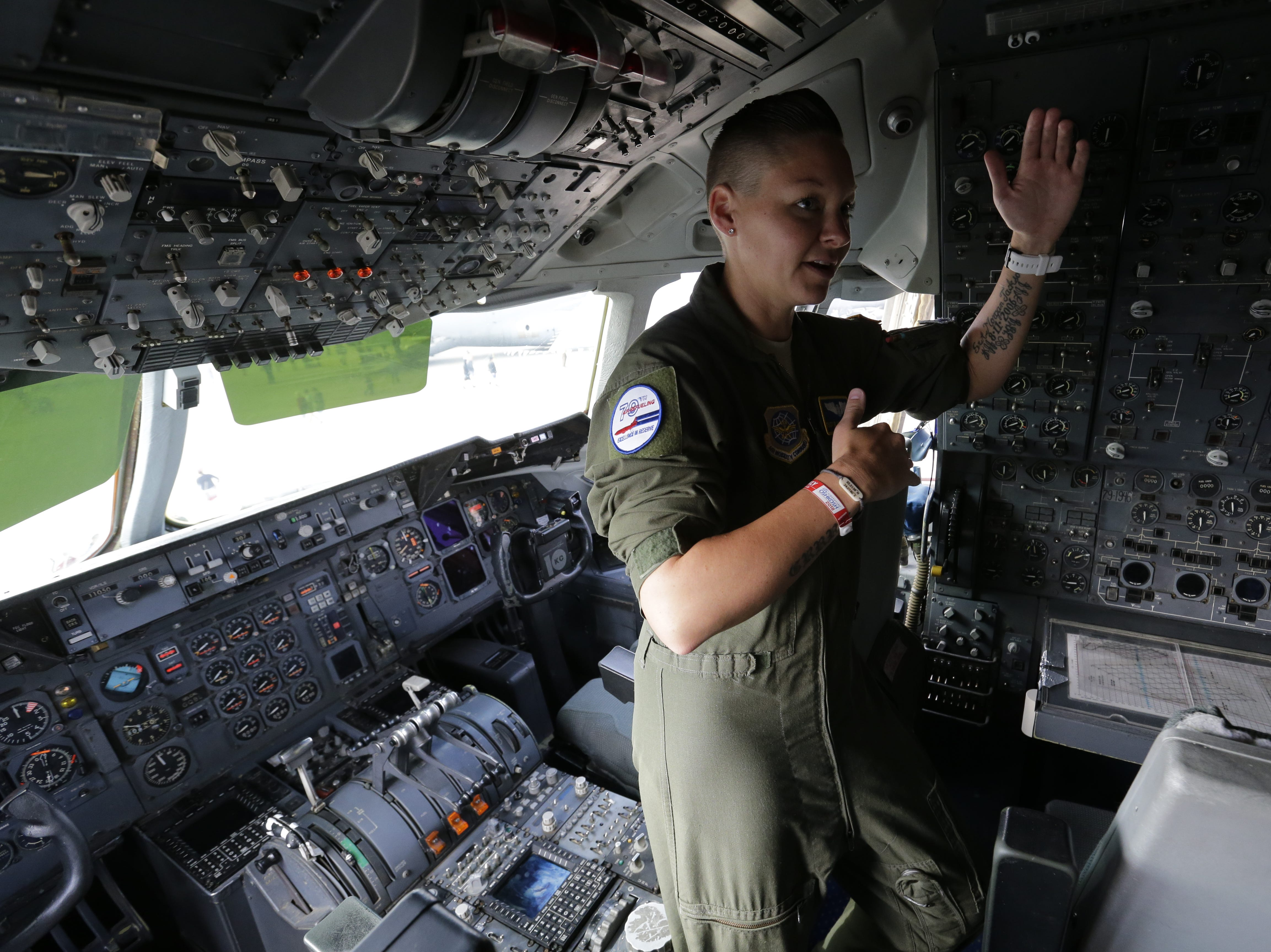 TSGT Blakeley Murdock, flight engineer, talks about her experience in the cockpit of the McDonnell Douglas KC-10 Extender, Friday, July 27, 2018, in Oshkosh, Wis.  The 66th annual Experimental Aircraft Association Fly-In Convention, AirVenture 2018 draws over 500,000 people and over 10,000 planes from more than 70 nations annually to the area.  The convention runs through July 29.Joe Sienkiewicz/USA Today NETWORK-Wisconsin