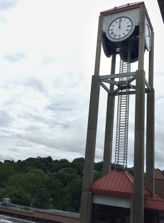White Plains Clock