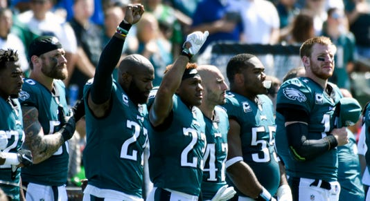 Nfl Philadelphia Eagles At Los Angeles Chargers