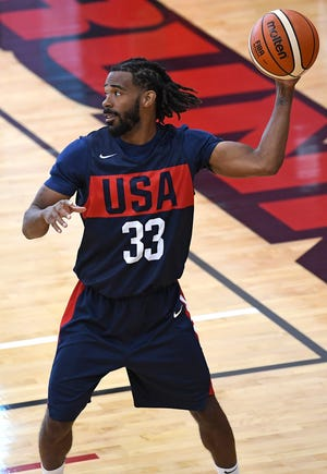 Mike Conley Jr. looks to pass during the 2018 USA Basketball National Team Minicamp.
