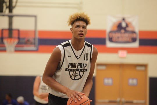 Five-star 2020 forward Xavier Foster gets set for a free throw attempt at the Fab 48 in Las Vegas.