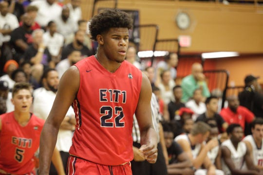 Five-star Michigan State target Vernon Carey plays with Each 1 Teach 1 during the Fab 48 in Las Vegas.
