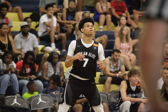 Four-star 2019 forward Malik Hall waits for a pass from a teammate during the Las Vegas Classic.