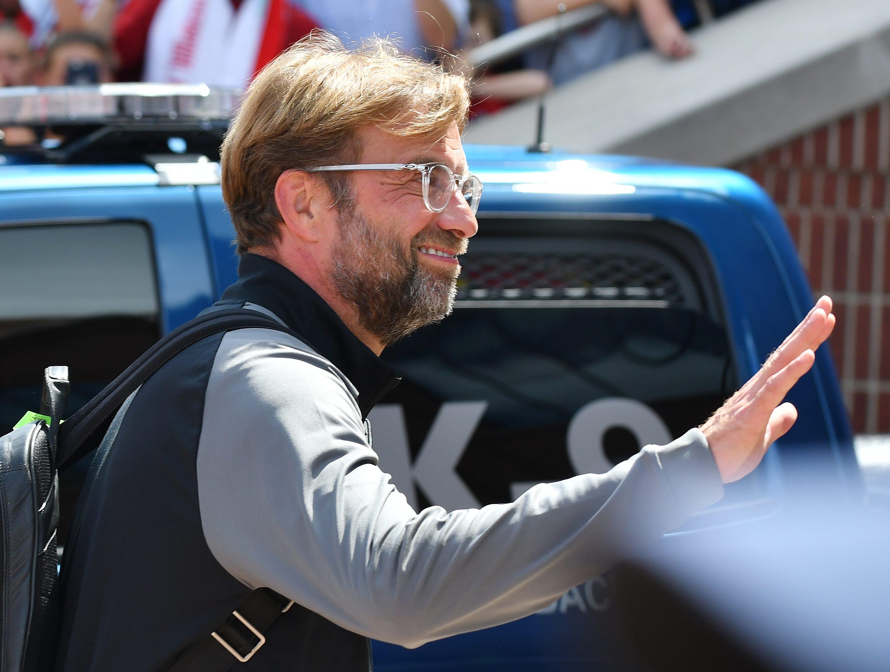 Liverpool head coach Jurgen Klopp arrives to the stadium.