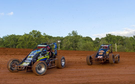Drivers during heat races  during 31st Annual Indiana Sprint Week, part of the 2018 USAC AMSOIL National Sprint Car season, at Bloomington Speedway, Friday, July 27, 2018.