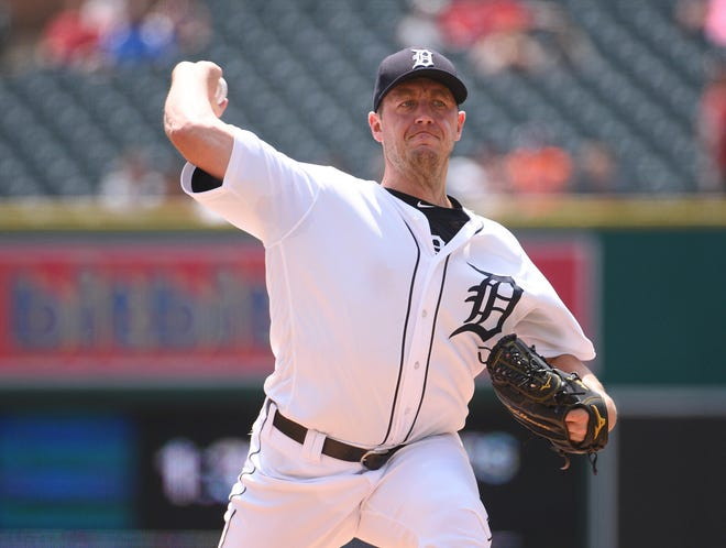 Tigers pitcher Jordan Zimmermann pitches during the first inning on Sunday, July 29, 2018, at Comerica Park.