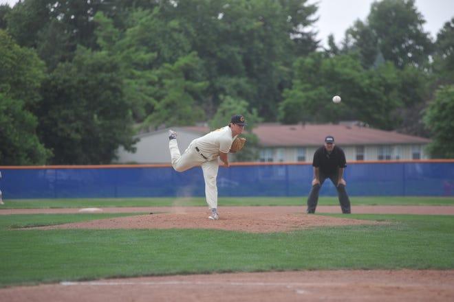 Preston Stanley pitches against the Lake Erie Monarchs.