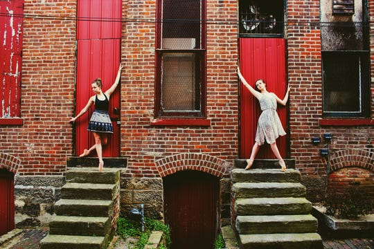 Neos Dance Theatre will host a ballet performance Saturday evening at the Brickyard in Mansfield.