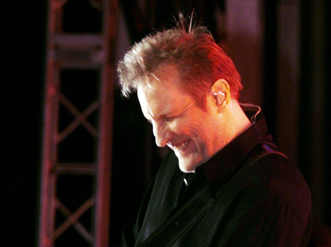 Collin Raye performs during Fan Fair in 1999.