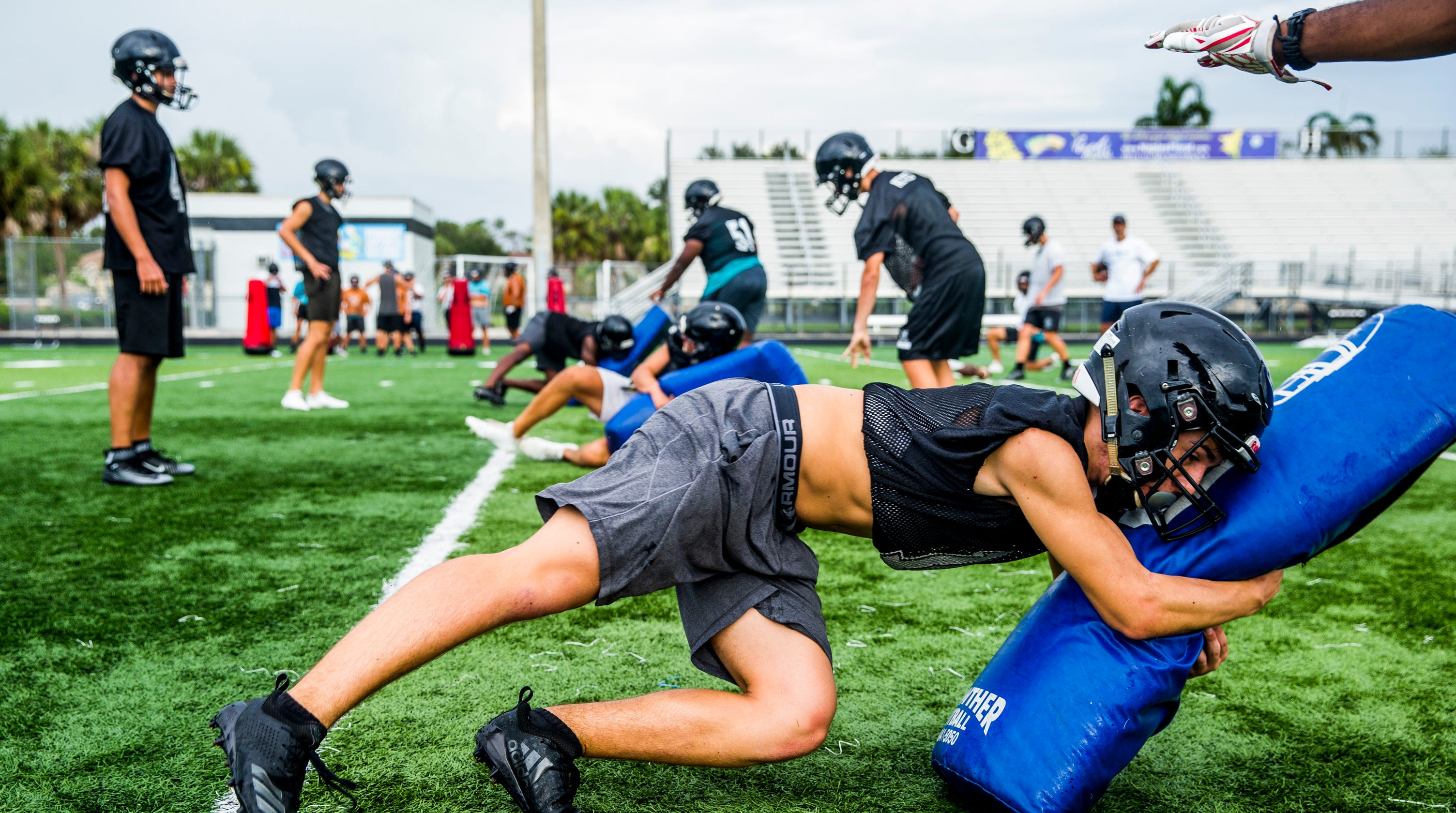 Naples high school football: Aug. 6, 2018 notebook