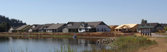 With many houses being built in the Crawford Crossing subdivision in Turner and those residents using North Turner Lake, the Oregon State Marine Board is putting regulations on boating at the lake.