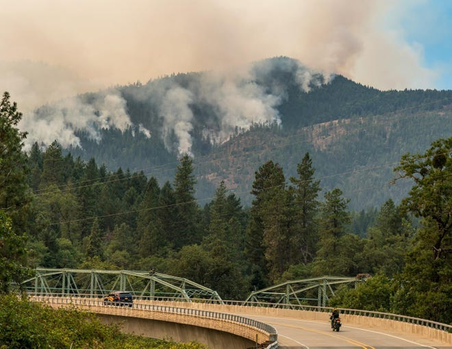 Smoke viewed from Robertson Bridge Road on the Taylor Creek Fire.