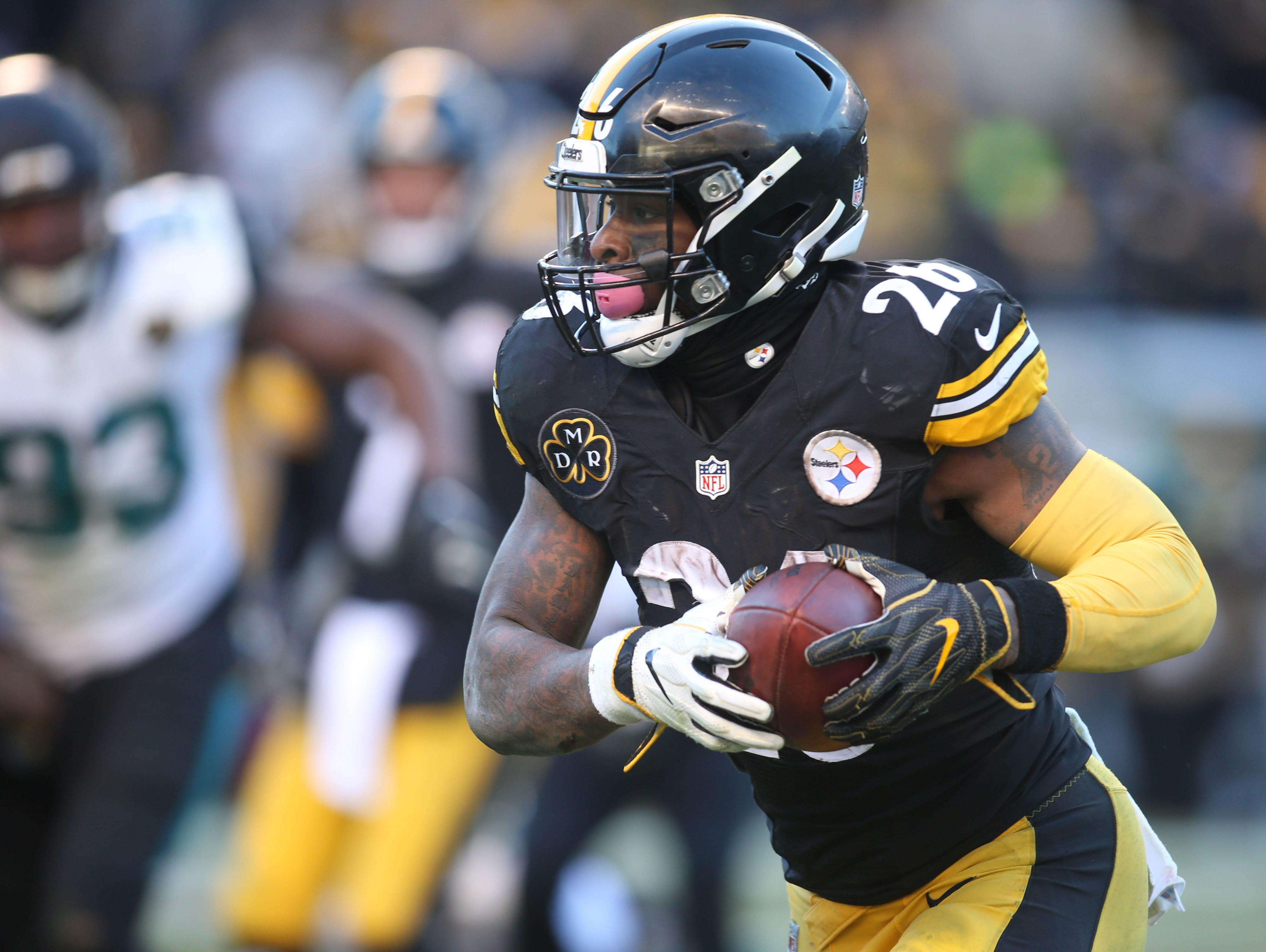 10. Steelers (9): Is Shazier-less D good enough? How will this preseason's Le'Veon Bell distraction play out? Already, usual combo of talent and sideshows.