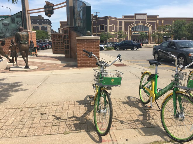 Limebikes parked near the start of the Packers Heritage Trail. The bike sharing service allows you to rent a bicycle for $1 for 30 minutes.