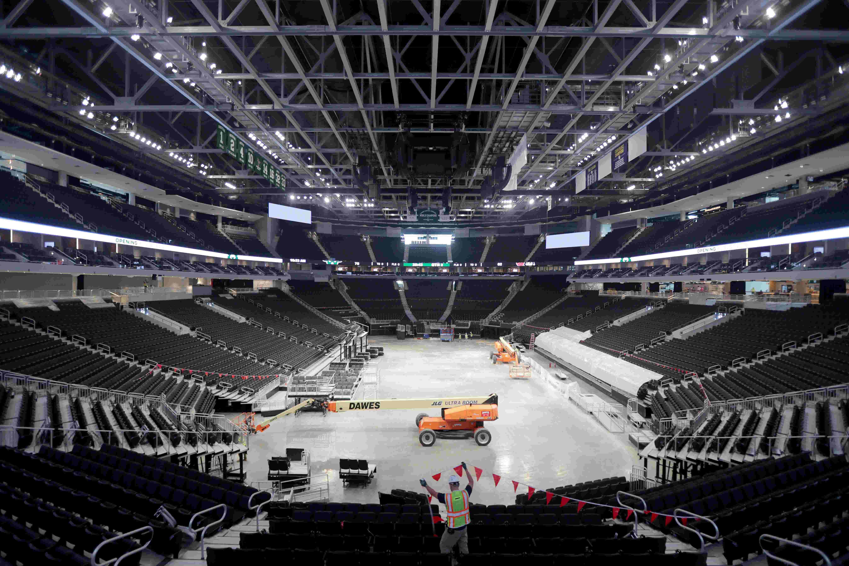 Peek inside the newly finished Milwaukee Bucks arena